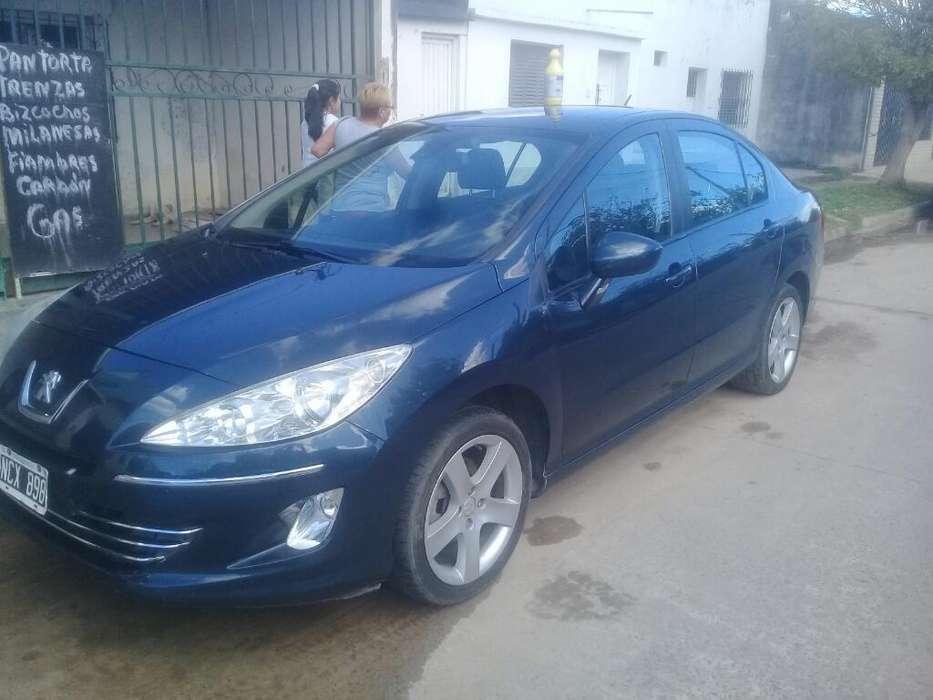 Peugeot 408 2013 - 130000 km