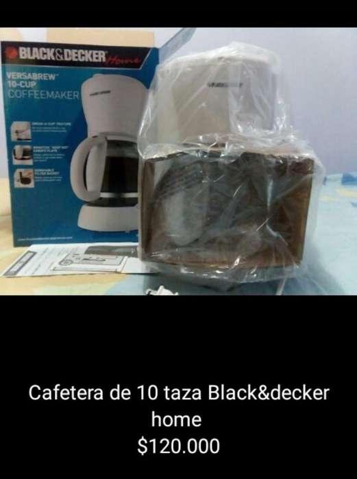 Cafetera de 10 Taza Black&decker Home