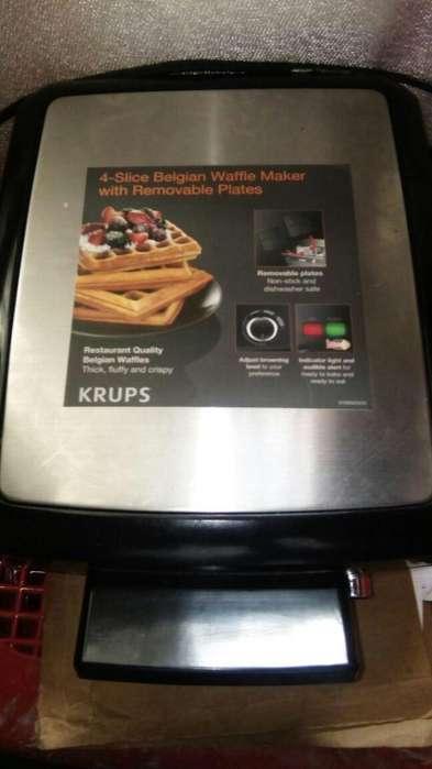 Wafflera industrial con muy poco uso