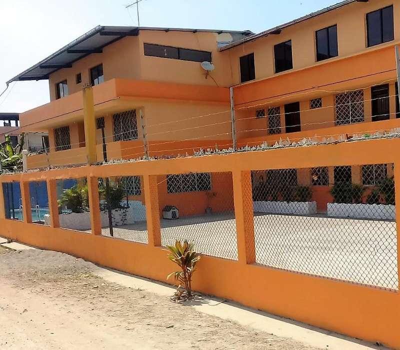 Hotel de Venta en la playa Atacames en Esmeraldas Cod: V122