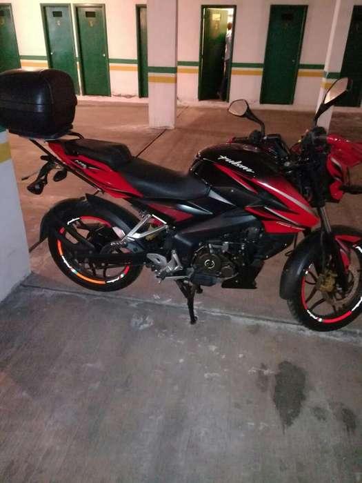 Vendo Moto Pulsar 150