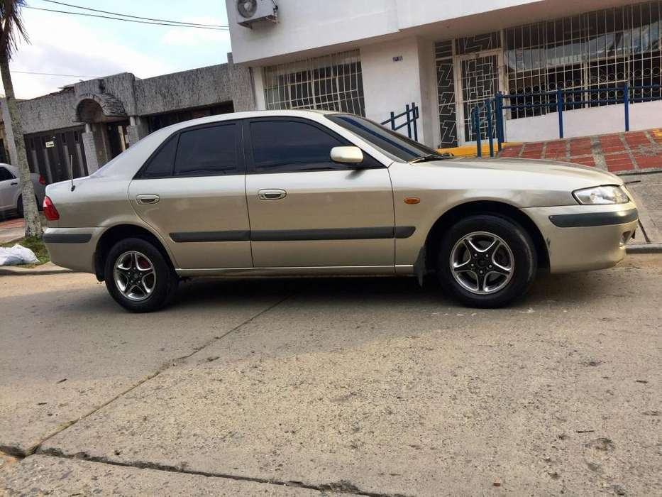 Mazda 626 1993 - 160000 km