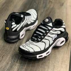 Tennis Nike Tn