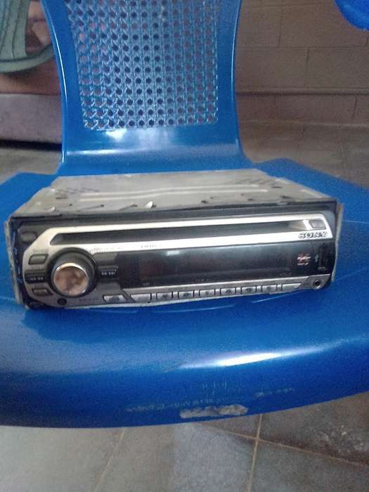 Vendo Cd Player Sony con Puerto Usb