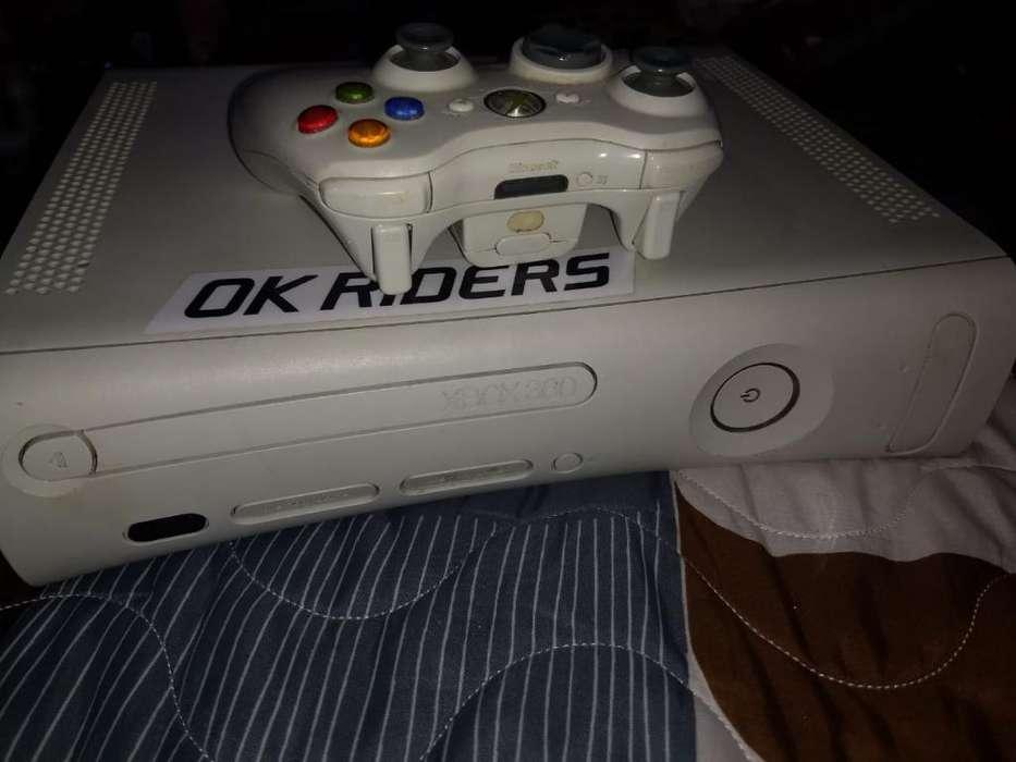 Vendo Xbox 360 Todo Fucional con Juegos