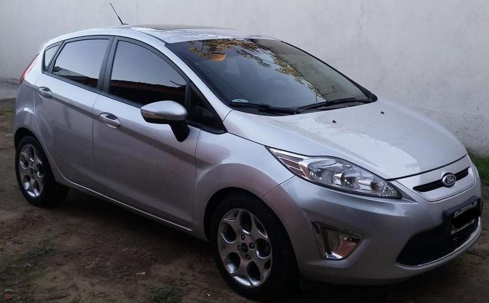 <strong>ford</strong> Fiesta  2013 - 75000 km