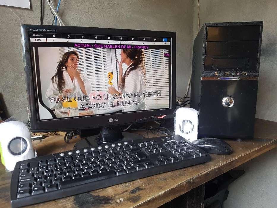 Computadora con <strong>karaoke</strong> Musik Y Garantía