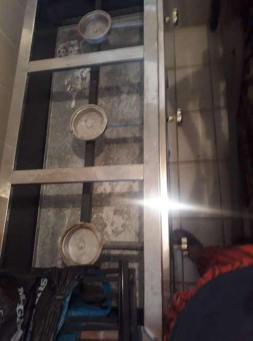 Electrodomésticos incluye estufa, nevera y TV.