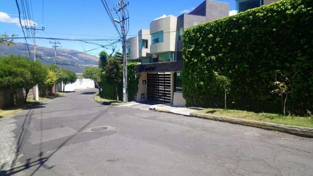 Departamento en venta. Sector Colegio SEK. 3 habitaciones. 105 m2
