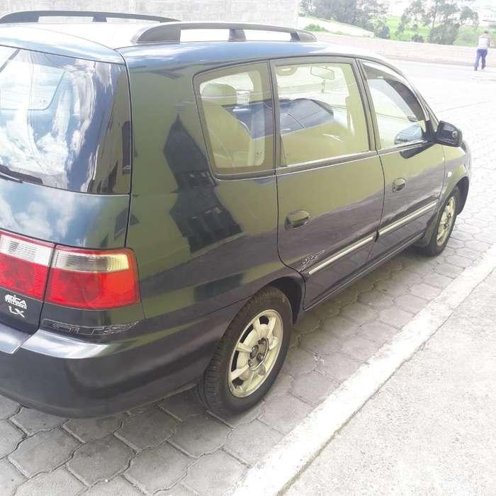 Kia Carens  2003 - 270000 km