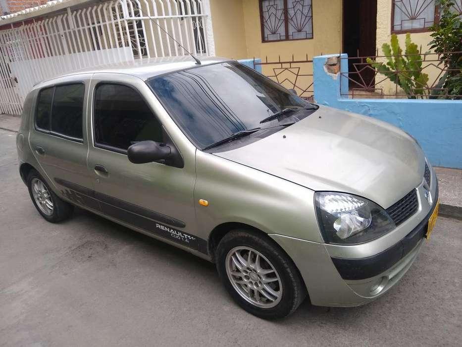 Renault Clio  2003 - 200000 km