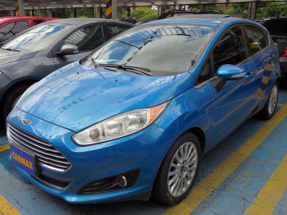 Ford Fiesta  2014 - 74570 km