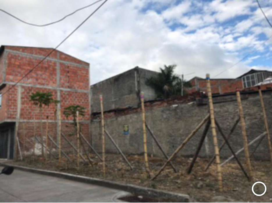 Se Vende Lote Esquinero Barrio El Jazmin