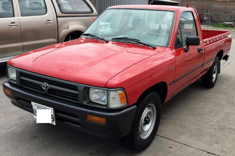 Toyota Hilux 1999 - 70000 km