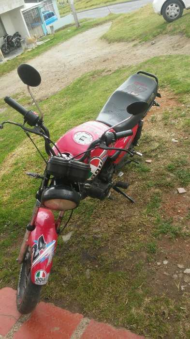 Hermosa Moto Nkd 125 Al Dia