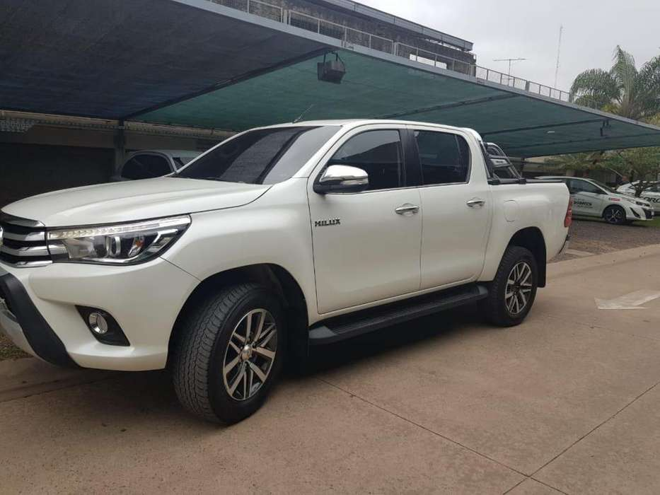 Toyota Hilux 2016 - 105000 km