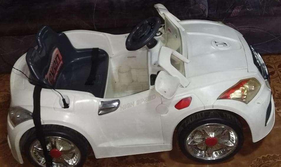 ed83bb651 Carro a bateria: Juegos y Juguetes en venta en Perú | OLX