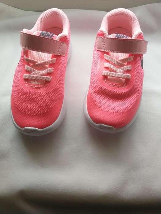 Tenis Nike para Niña Nuevos