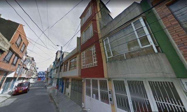 VENTA DE CASAS EN LA RIVIERA OCCIDENTE BOGOTA 556-1104