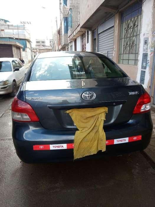 Toyota Yaris 2013 - 1005 km
