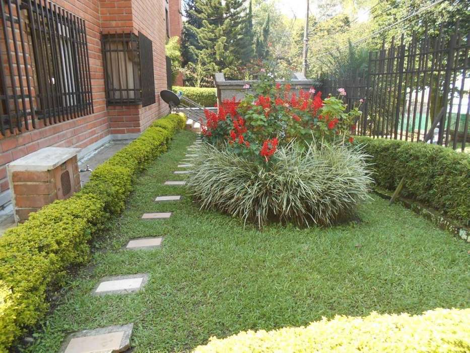 Apartamento en Arriendo Las Lomas Medellín - wasi_1120775