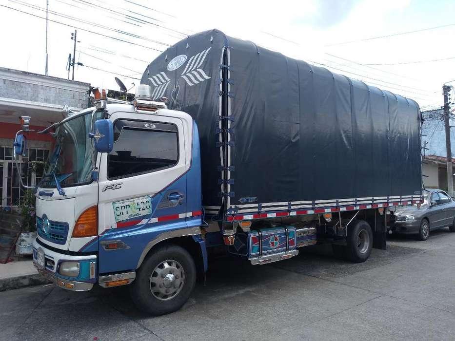 Vendo Camión Hino Fc 500 Modelo 2007