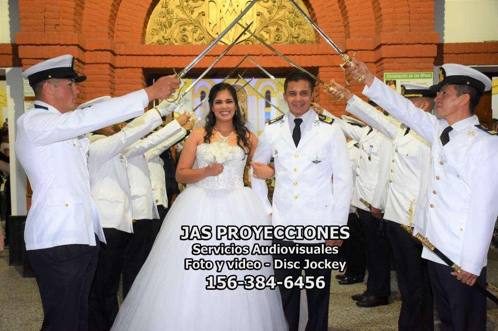 ALQUILER DE SONIDO, PANTALLA GIGANTE, CASCADAS DE CHOCOLATE