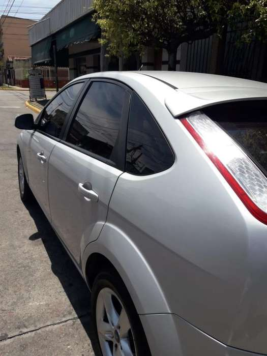 Ford Focus 2012 - 128000 km