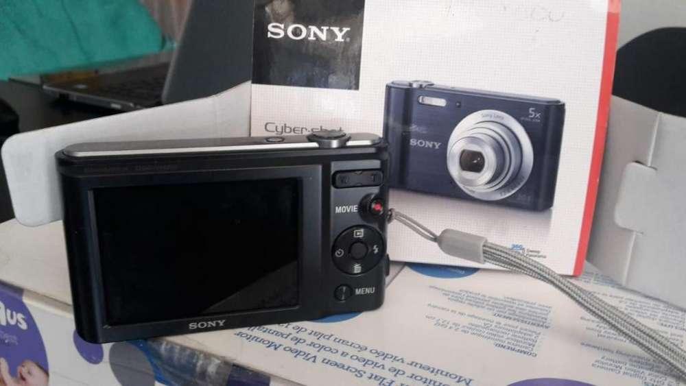 Camara SONY cyber shot DSC-W800
