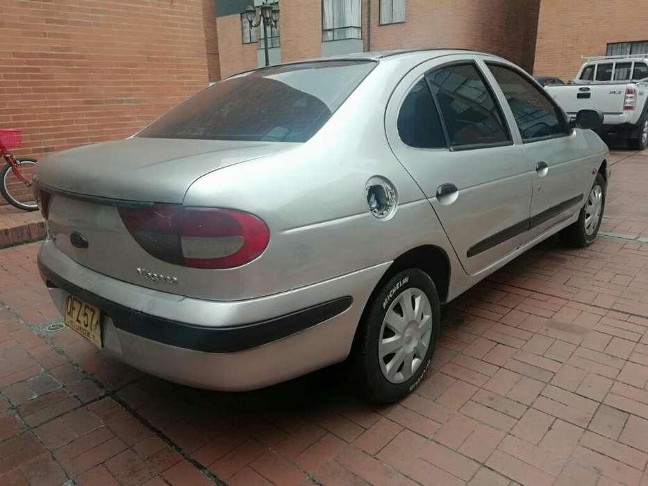 Renault Megane  2002 - 180000 km