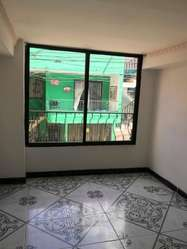 CÓDIGO M66: Casa Amplia Primer Piso en Cabañas