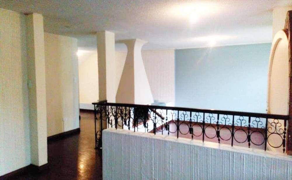 Gaspar de Villarroel, casa, 176 m2, alquiler, 3 habitaciones, 2 baños, 2 parqueaderos