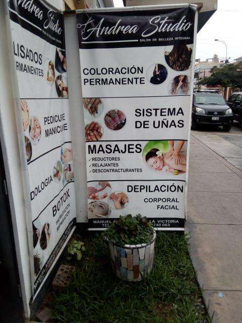 Alquilo Excelente y Céntrico Local Comercial - Urb. Santa Catalina