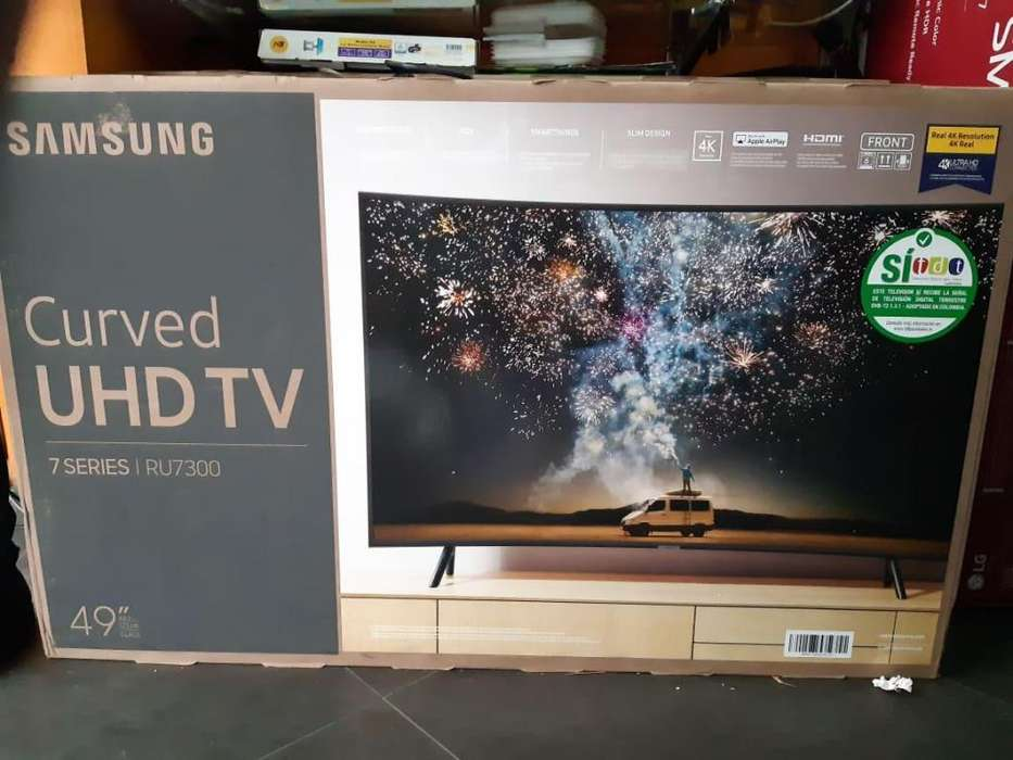 SAMSUNG CURVED 49 UHD 4K SMART