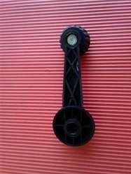Manija levanta cristal Senda Gacel Dodge 1500 reforzada con eje metálico color negro y gris