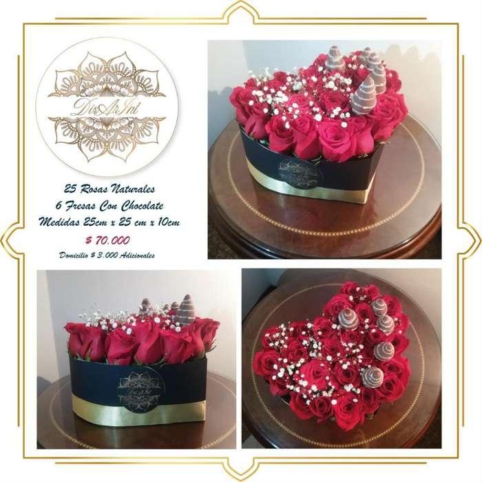 Caja de Rosas Naturales Y Fresas con Cho