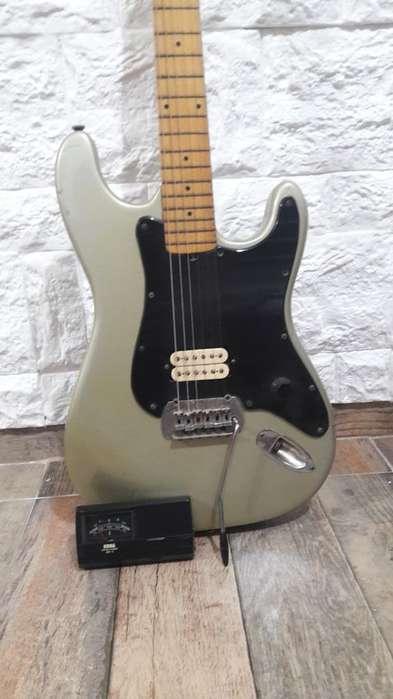 Vendo Guitarra Faim con Afinador Y Funda