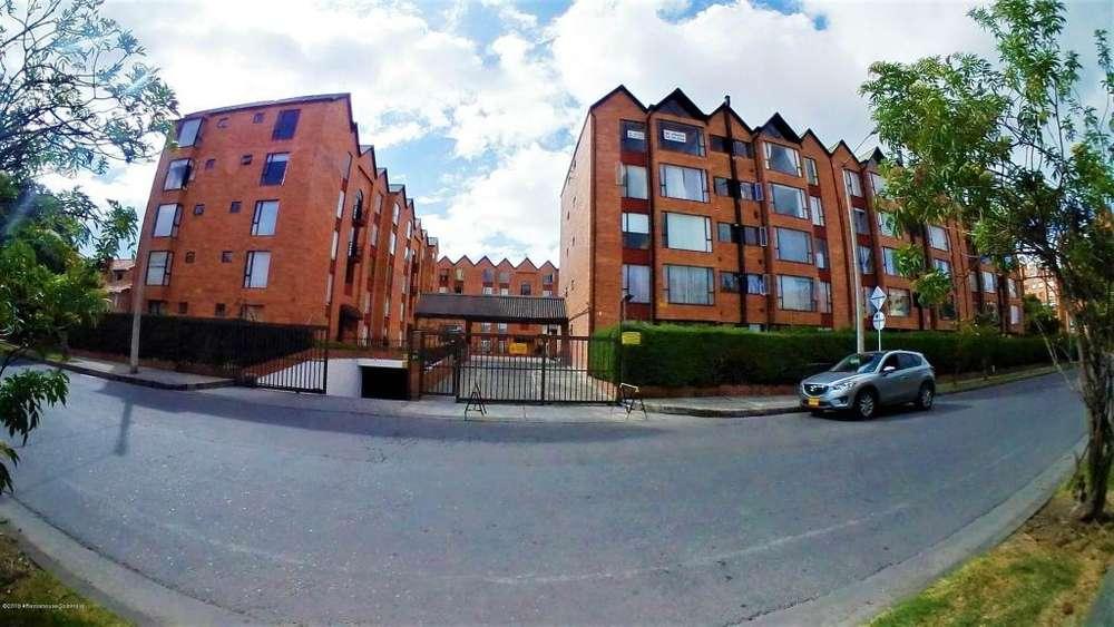 Lindo Apartamento Venta Gratamira Mls 19-612