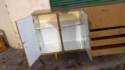 Mueble bajo Muy Bueno 180x120x50