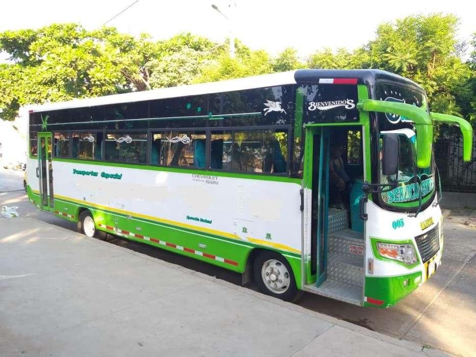 tenemos buses para translados para viajes departamentales