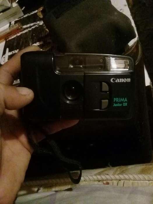 Camara Fotografica Canon a Rollo Estuche