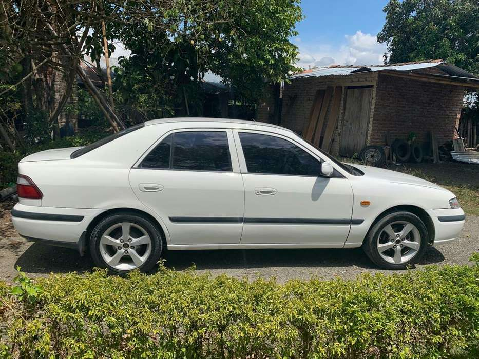 Mazda 626 1998 - 100 km