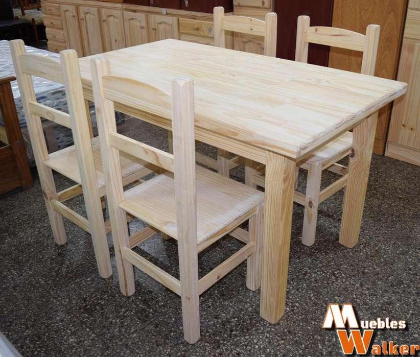 Mesa de <strong>comedor</strong> con 4 sillas NUEVAS