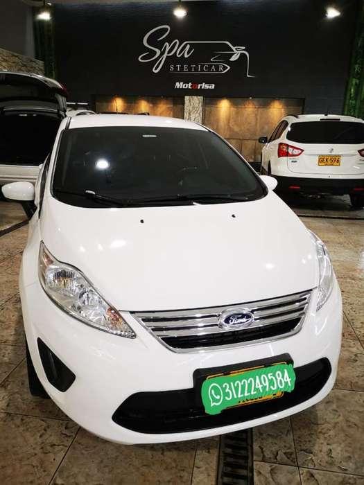 Ford Fiesta  2013 - 56000 km