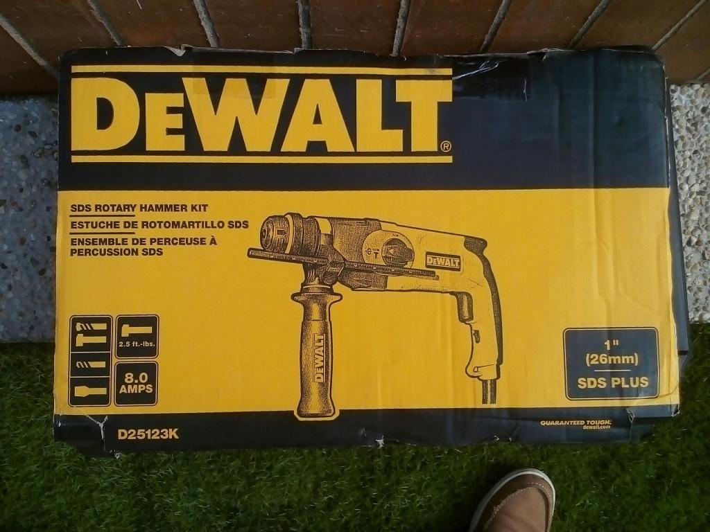 roto martillo dewalt D25123K