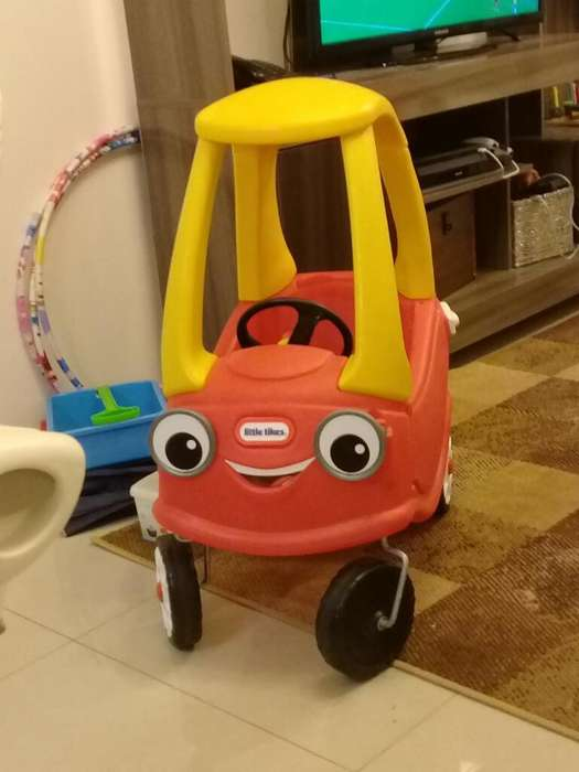 Carro Little Tikes