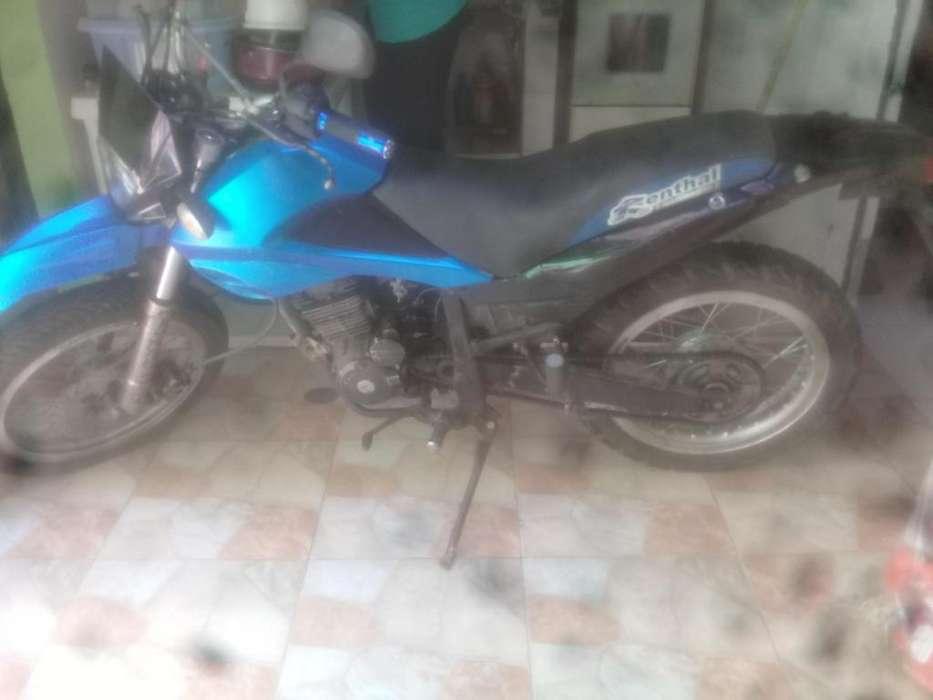 Vendo <strong>motocicleta</strong> bronco 200 XM