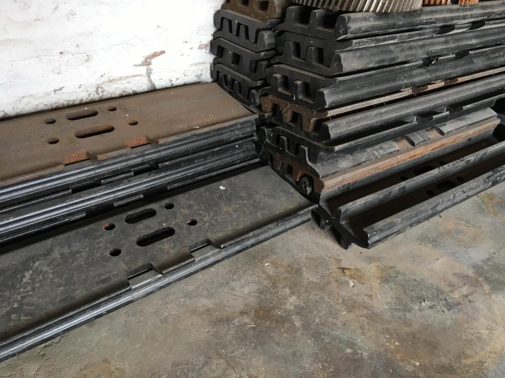 Zapatas Originales para excavadora Doosan 340 nuevas 84 unidades