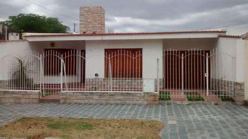 Casa en Alquiler, San luis 20000