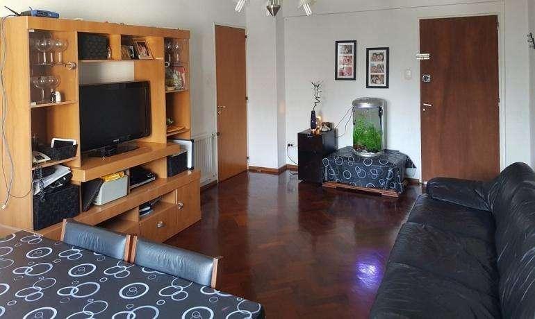 Venta Alem 1000 Departamento 2 dormitorios con cochera
